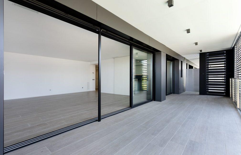C_ED_Re_Edificio_plurifamiliar_40_viviendas_Turo_de_Can_Mates_Sant_Cugat_de_Barcelona_agosto_2020_sorigue_-37